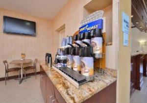 Holiday Inn Express Laguardia